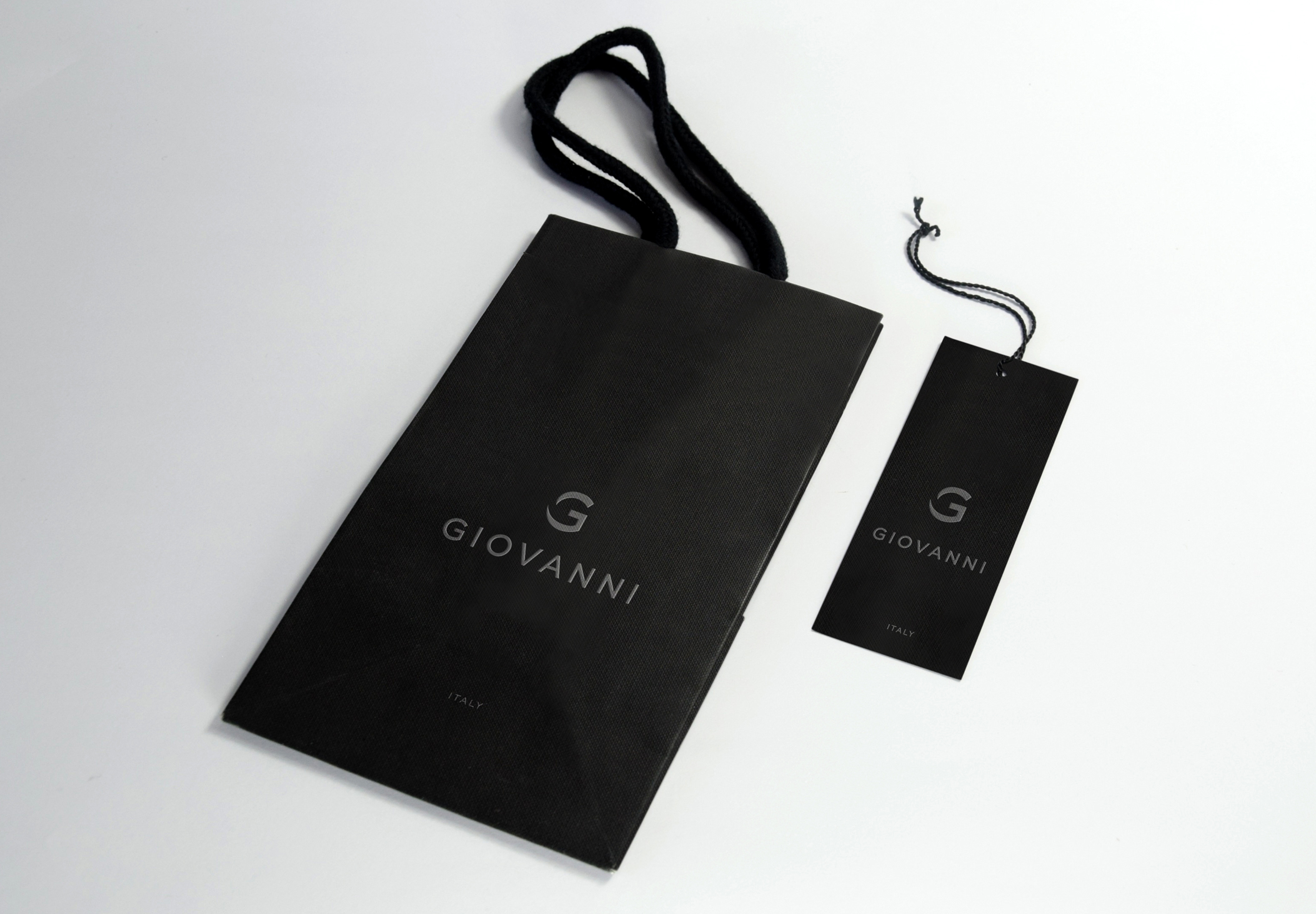 Giovanni-bag-and-swing